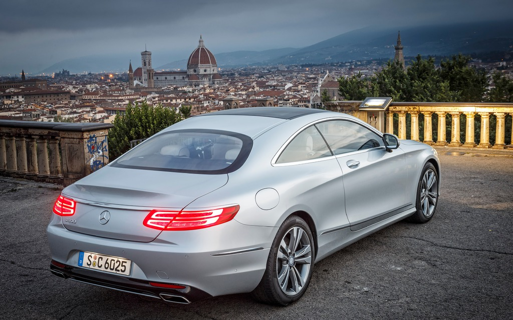 Mercedes benz s550 coup 2015 galerie photo 2 17 le for 2015 mercedes benz s550 coupe