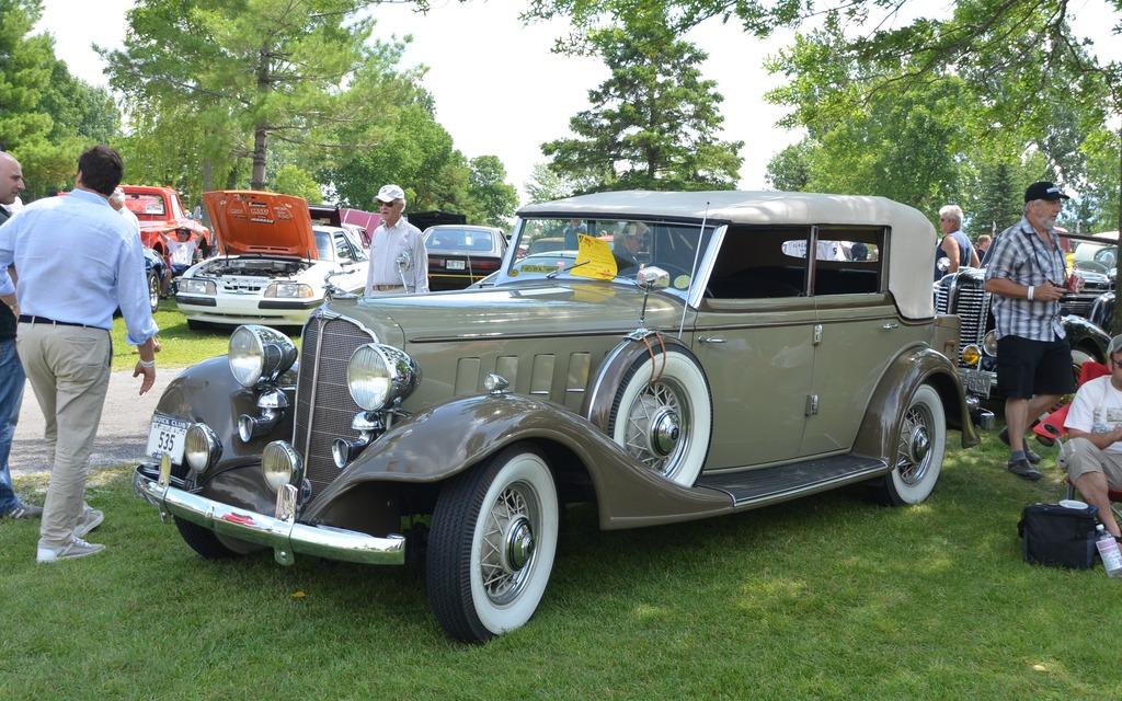buick mclaughlin 68 c 1933 superbe voiture qui a d j fait l 39 objet d 39 un reportage sur ce. Black Bedroom Furniture Sets. Home Design Ideas