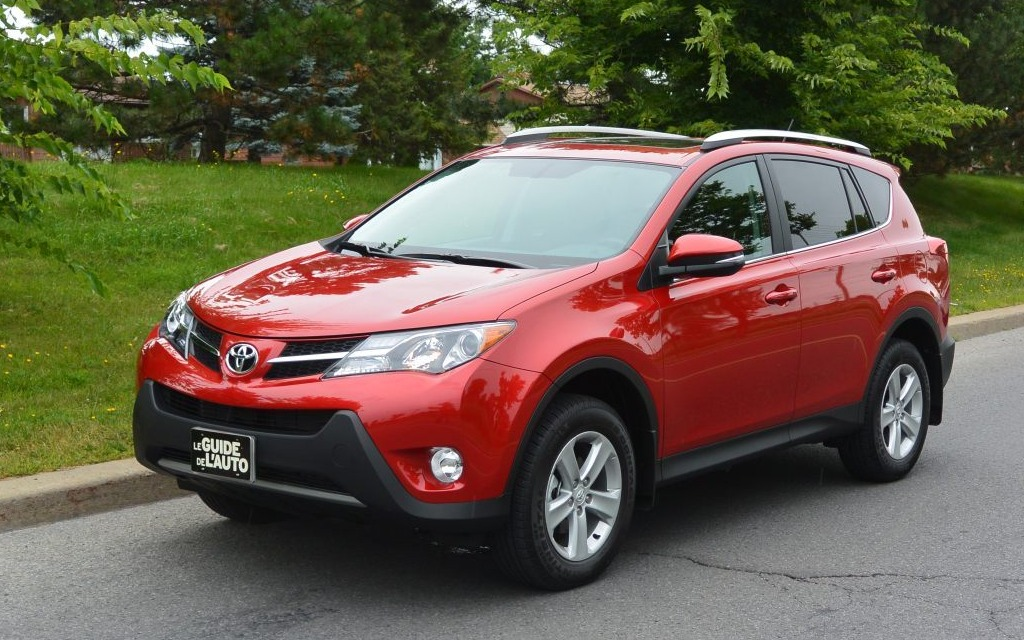 2015 toyota rav4 the safe bet review 2015 toyota rav4 the car guide. Black Bedroom Furniture Sets. Home Design Ideas