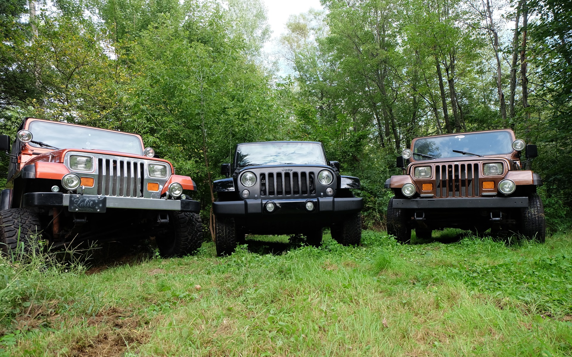 it 39 s a jeep thing yj vs jk vs yj review 2015 jeep. Black Bedroom Furniture Sets. Home Design Ideas