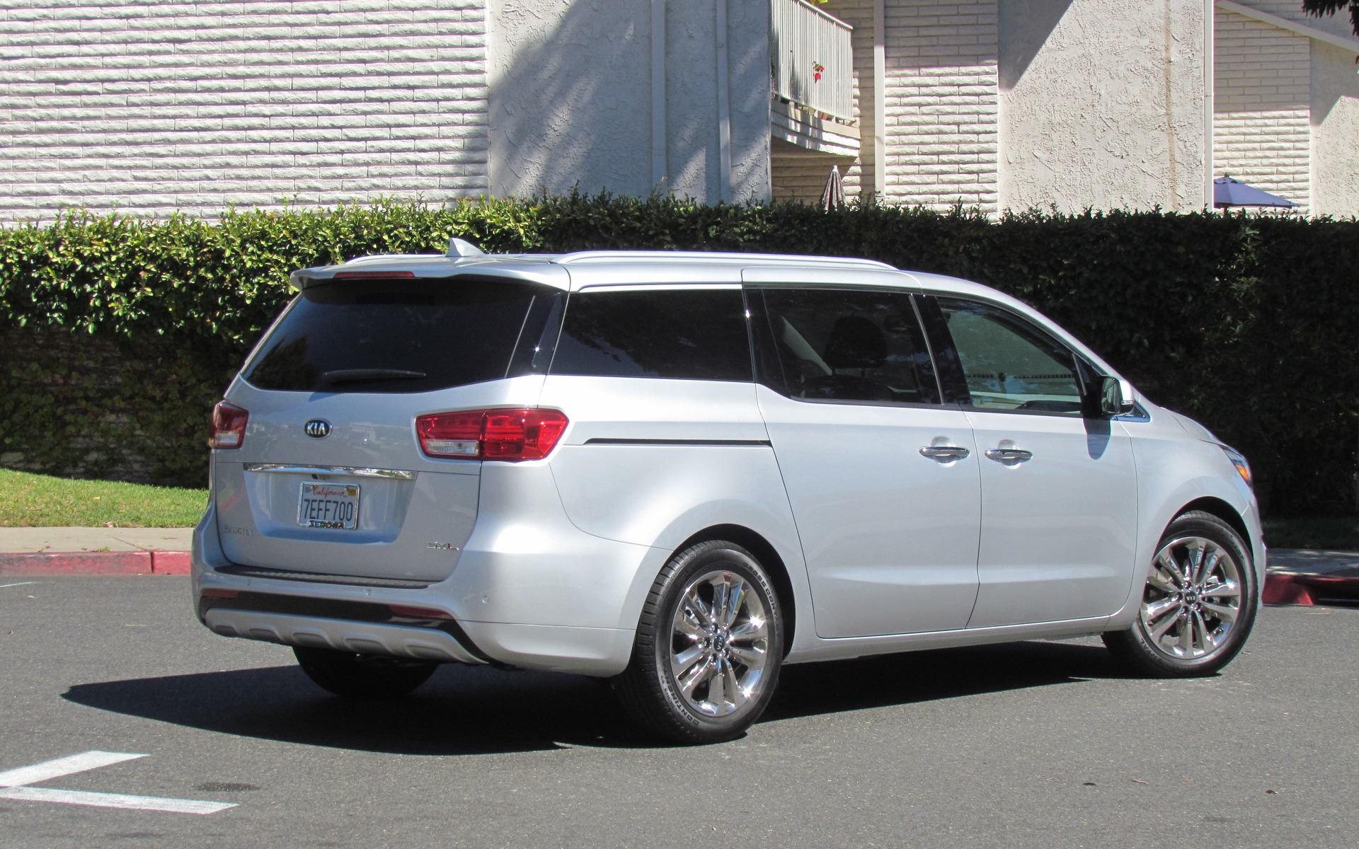 2015 kia sedona the minivan that isn t review the car guide. Black Bedroom Furniture Sets. Home Design Ideas