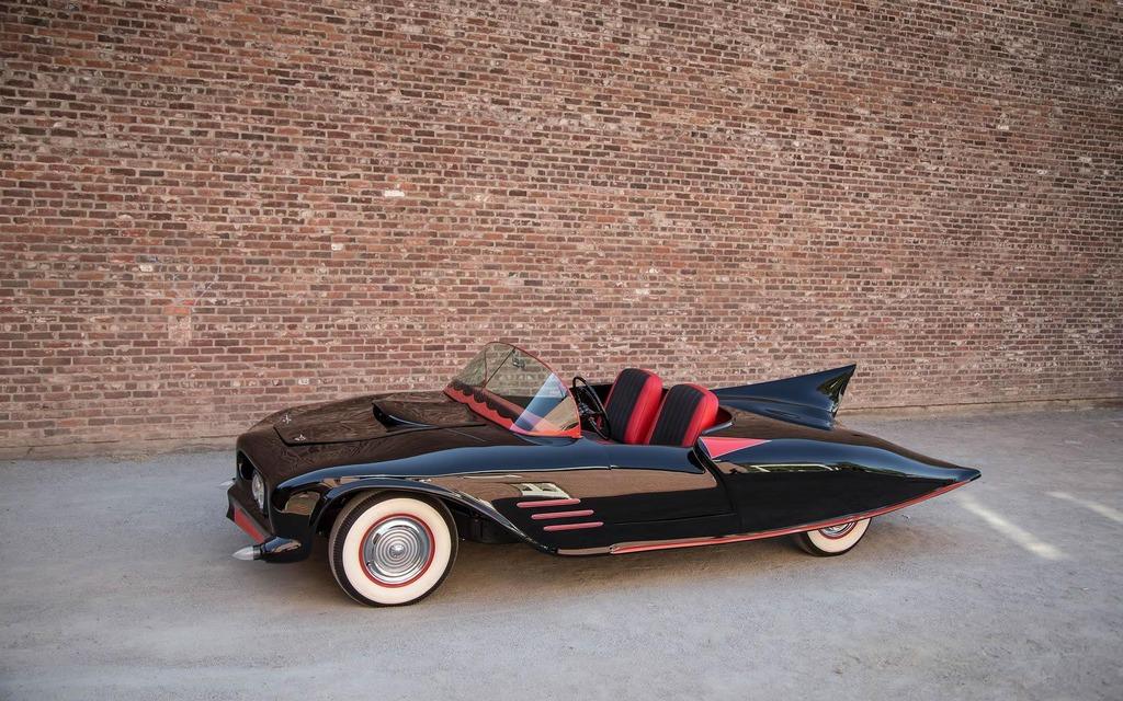 batmobile 1963 galerie photo 7 9 le guide de l 39 auto. Black Bedroom Furniture Sets. Home Design Ideas