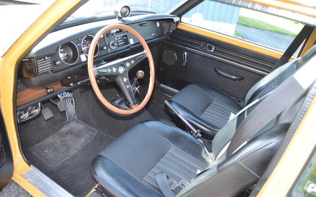 Toyota Corolla 1972 Guide De L Auto 50 232 Me