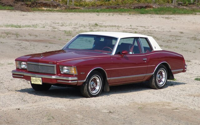 la chevrolet monte carlo et pontiac grand prix 1978 deux voitures succ s jouent leur avenir. Black Bedroom Furniture Sets. Home Design Ideas