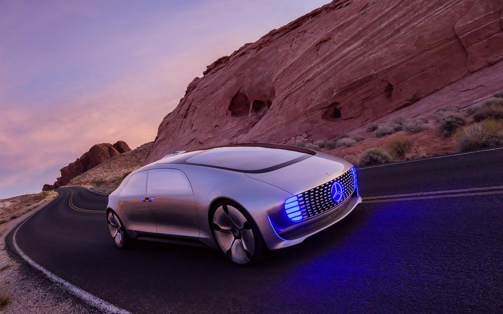 Tech mercedes benz f 015 luxury in motion concept an for Mercedes benz f 015