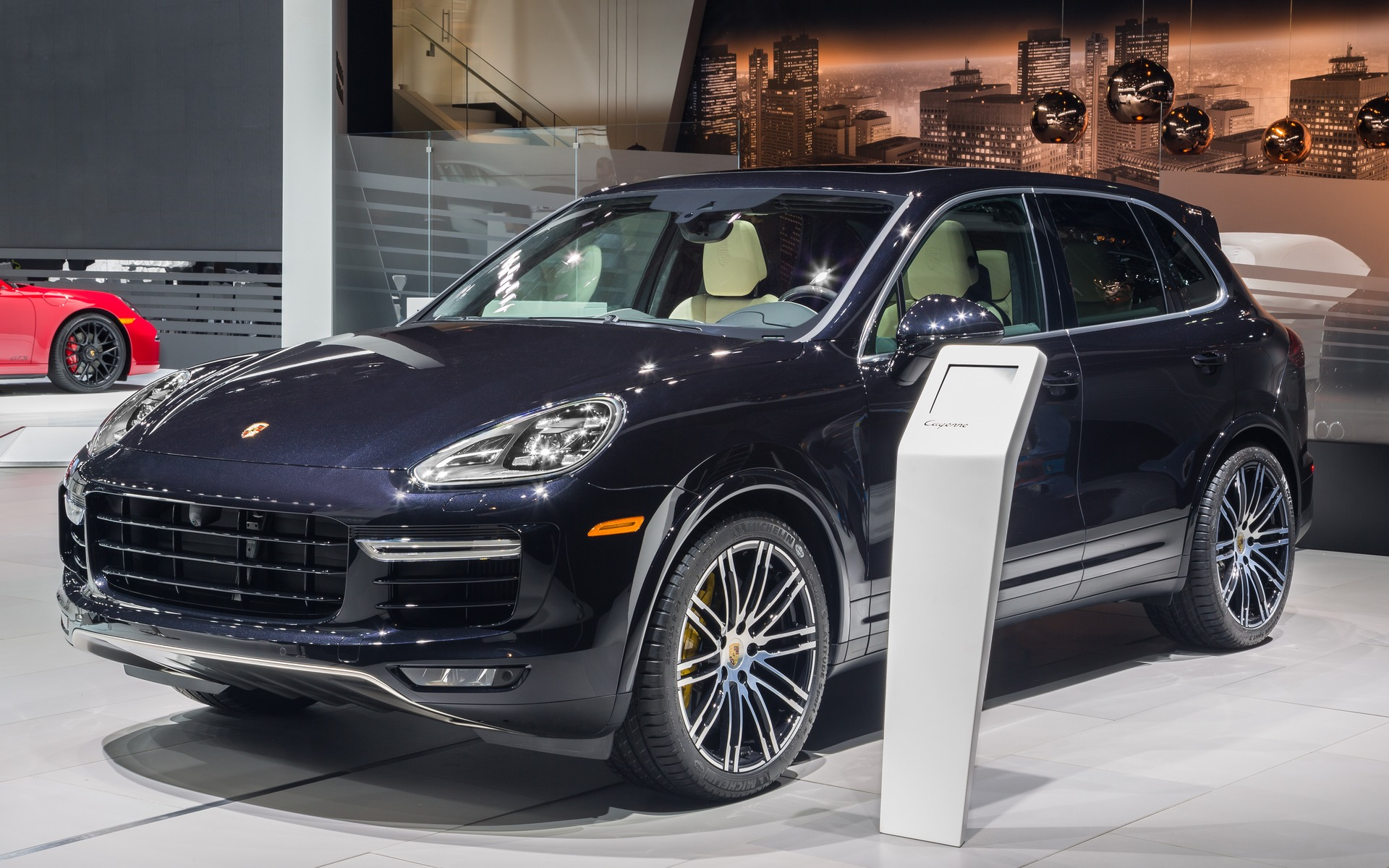 2016 porsche cayenne turbo s lap the n rburgring with style the car guide. Black Bedroom Furniture Sets. Home Design Ideas