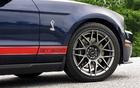 Le groupe SVT ajoute des jantes légères et des pneus Goodyear Supercar G:2