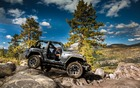 Jeep Wrangler en montagne