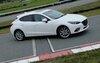 Le profil de la nouvelle Mazda3 est très réussi.