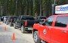 Une flotte d'une vingtaine de camionnettes Chevrolet Silverado était affectée aux essais.