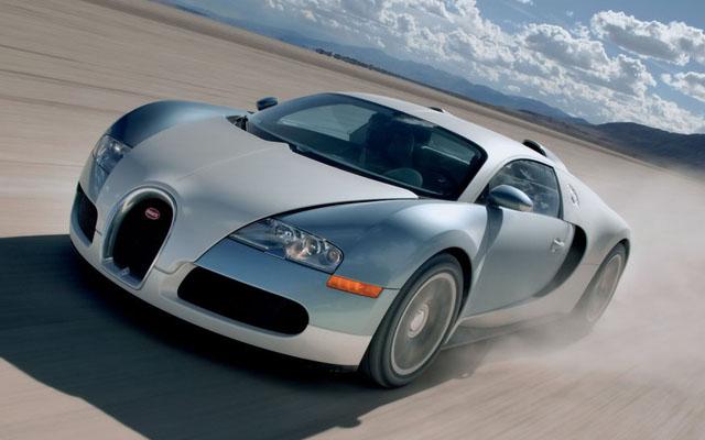 00370_2008_Bugatti_Veyron_16_4.jpg