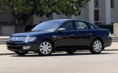 2009 ford taurus tests news photos videos and wallpapers the car guide. Black Bedroom Furniture Sets. Home Design Ideas