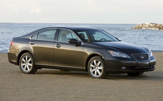 2009 Lexus ES 350 Wallpaper
