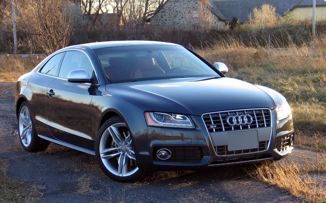 2010 audi a5 tests news photos videos and wallpapers the car guide. Black Bedroom Furniture Sets. Home Design Ideas