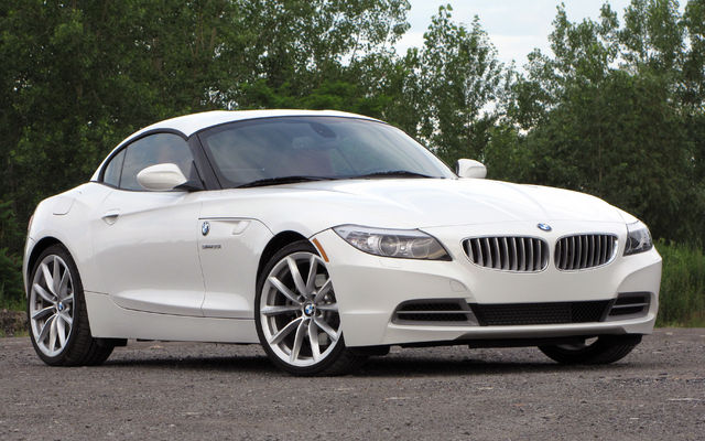 2010 BMW Z4 sDrive30i VS 2013 BMW Z4 sDrive 28i ...