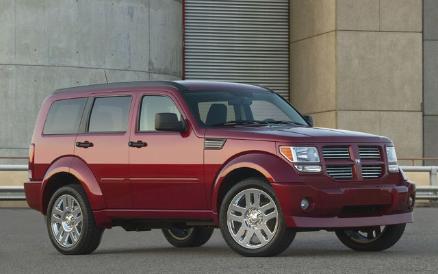 2010 Dodge Nitro Top Photos