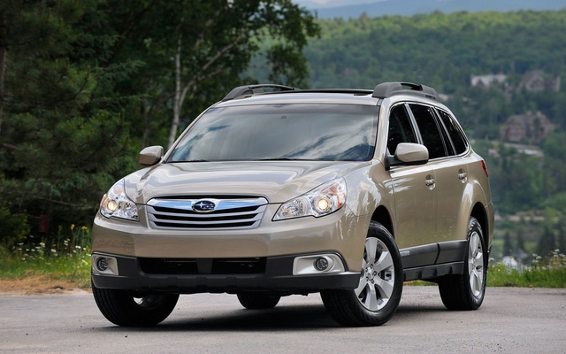 http://images.passionperformance.ca/photos/2/2/22679_2011_subaru_Outback.jpg