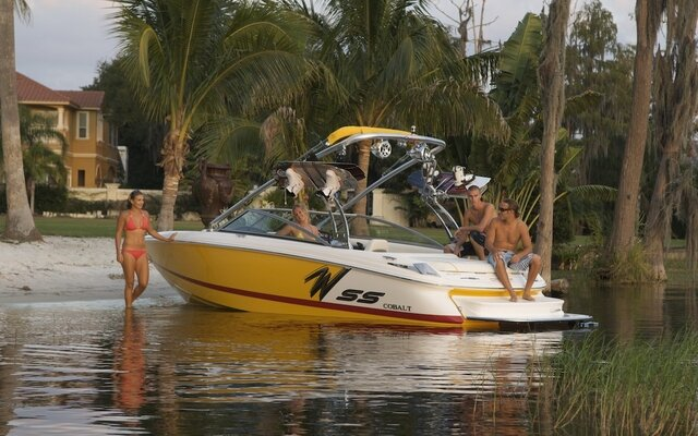 2011 Cobalt 230 wss - Photo Gallery - The Boat Guide