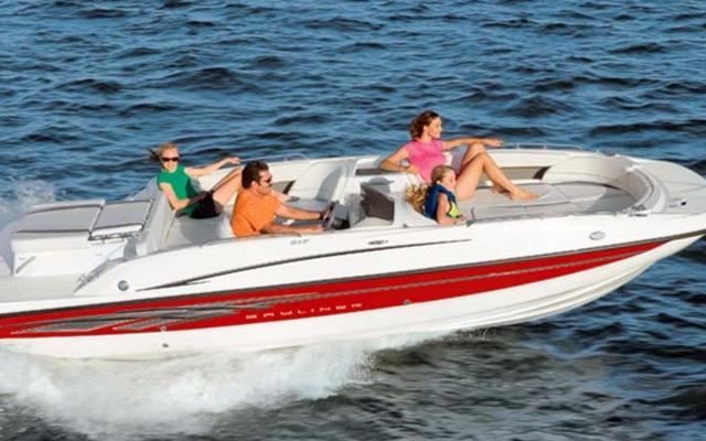 2011 Bayliner 217 Deck Boat Tests News Photos Videos