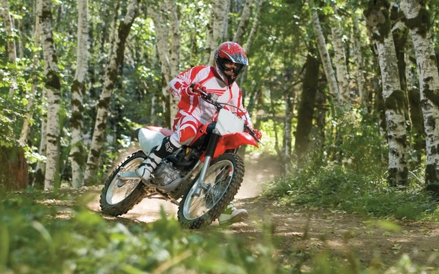 Honda 230 Dual Sport Review >> 2011 Honda CRF230F - Tests, news, photos, videos and wallpapers - Cycle Canada