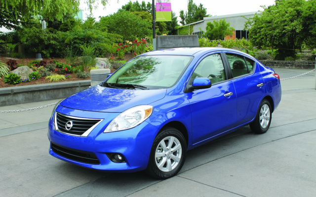 2012 nissan versa 1 6 s sedan price engine full technical specifications the car guide. Black Bedroom Furniture Sets. Home Design Ideas