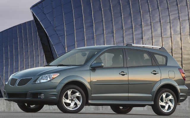 2010 Pontiac Vibe Tests News Photos Videos And