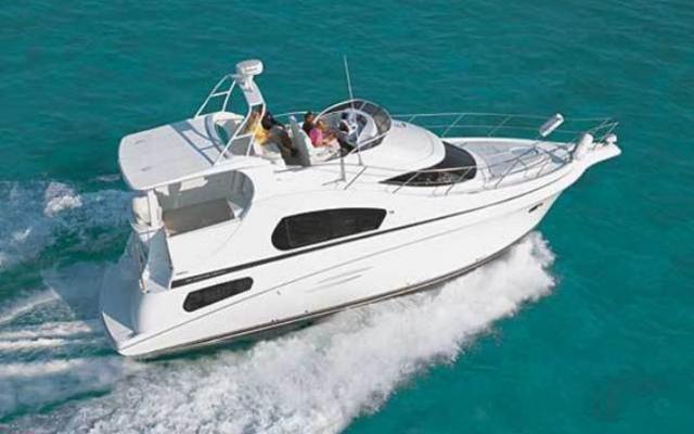 2012 Silverton 39 Motor Yachts