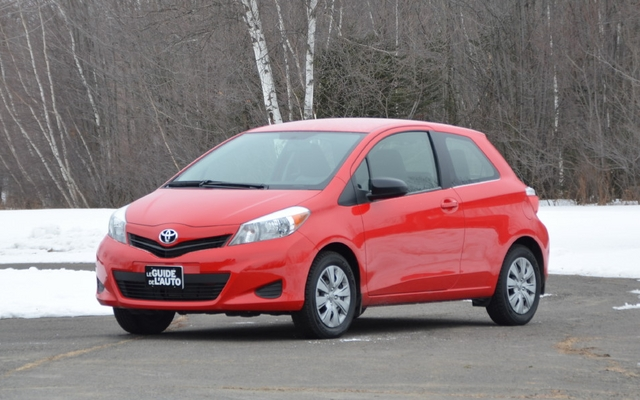 2013 toyota yaris ce 3 door hatchback price engine full technical specifications the car guide. Black Bedroom Furniture Sets. Home Design Ideas