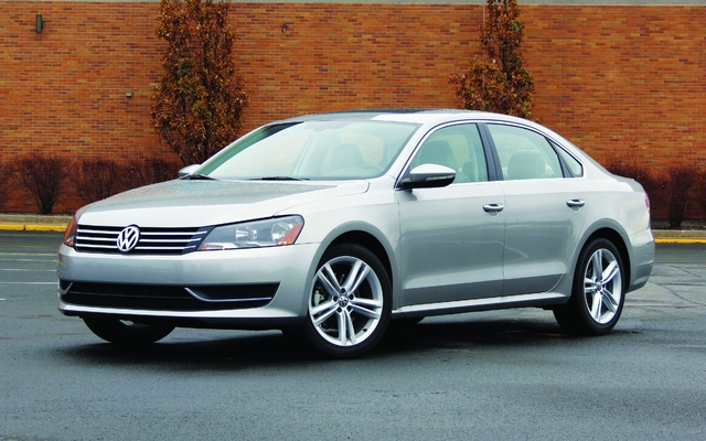 2013 volkswagen passat 2 5 trendline price engine full technical specifications the car guide. Black Bedroom Furniture Sets. Home Design Ideas
