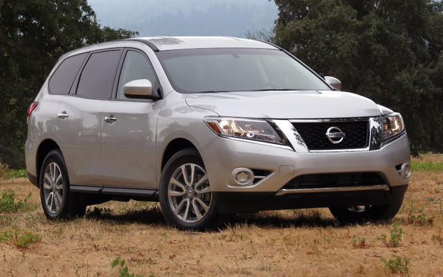 2014 nissan pathfinder s 2wd price engine full technical specifications the car guide. Black Bedroom Furniture Sets. Home Design Ideas