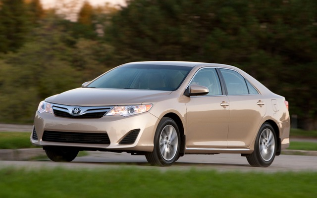 2015 Toyota Camry - Tests, news, photos, videos and wallpapers - The Car Guide