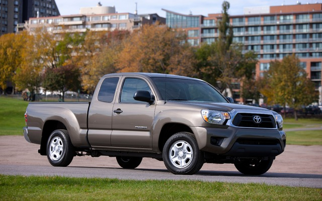 2015 toyota tacoma tests news photos videos and wallpapers the car guide. Black Bedroom Furniture Sets. Home Design Ideas