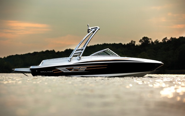 2015 Bayliner 175 Br Tests News Photos Videos And