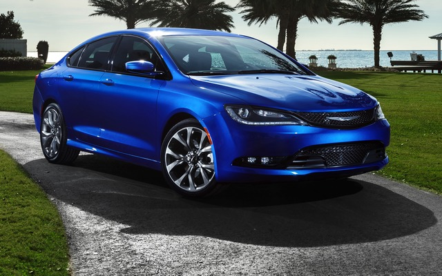 2015 chrysler 200 features specs tattoo design bild. Black Bedroom Furniture Sets. Home Design Ideas