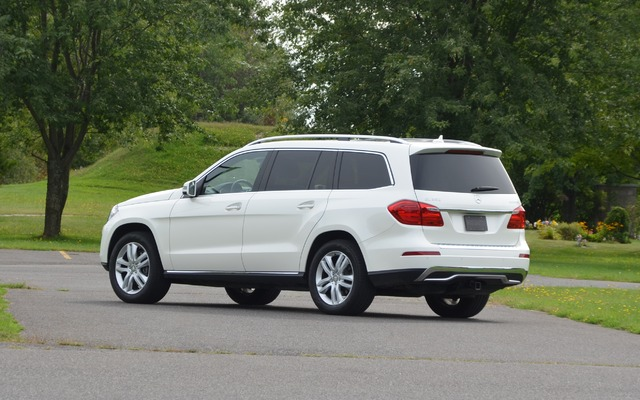 2015 gl450 engine size autos post for Mercedes benz gl450 4matic price