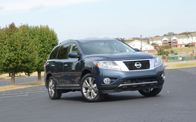 2015 nissan pathfinder s 2wd price engine full technical specifications the car guide. Black Bedroom Furniture Sets. Home Design Ideas