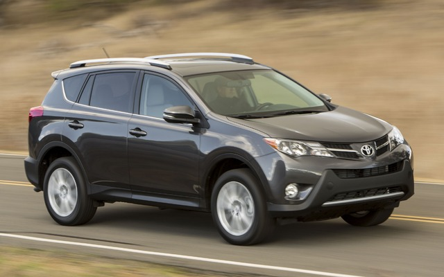 2016 toyota rav4 fwd le price engine full technical. Black Bedroom Furniture Sets. Home Design Ideas