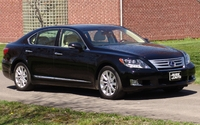Our test drive of the 2011 Lexus LS600HL