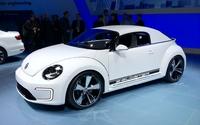 Volkswagen Jetta Hybride and E-Bugster Concept