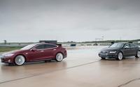 Tesla S vs Audi S7