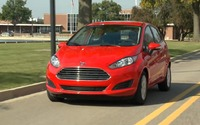 2014 Ford Fiesta 1.0-Liter EcoBoost Engine Driving Scenes