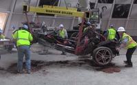 La dernière Corvette retirée des décombres