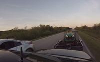 Nissan 350Z contre une Mercedes-Benz E55 AMG... et sa remorque!